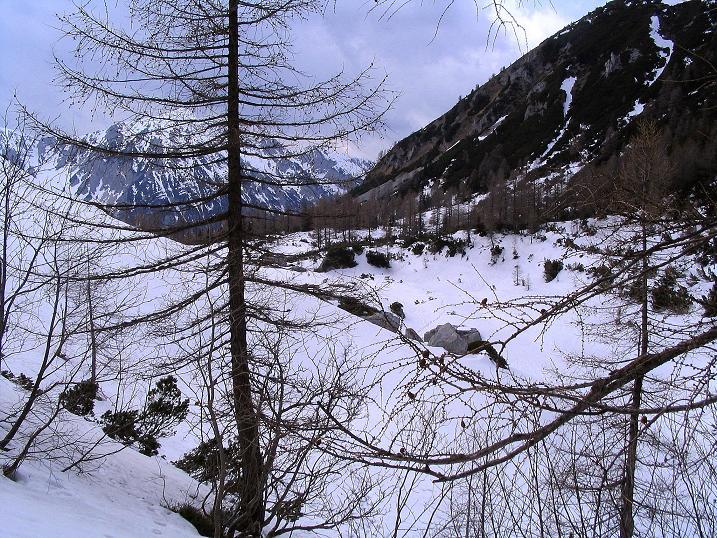 Foto: Andreas Koller / Wander Tour / Durch die Nordwandrinne auf den Geißberg / Kosiak (2024m) / Beim Matschacher Sattel / 06.05.2008 00:41:05