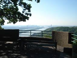 Foto: mime / Mountainbike Tour / Rund um Wien / Aussicht auf Donau vom Nasenweg / 11.05.2008 14:24:25