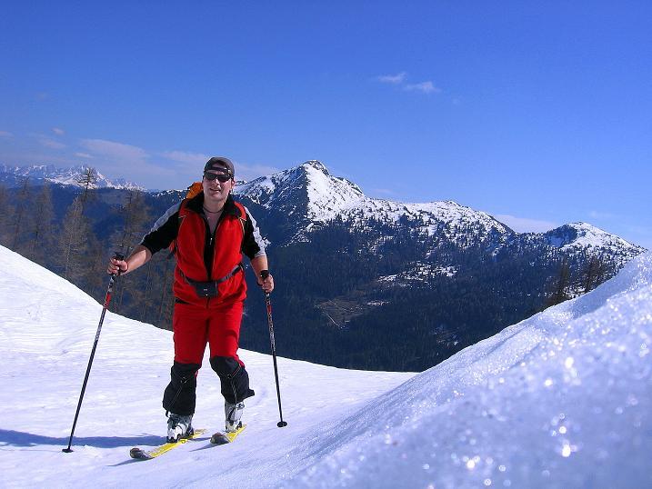 Foto: Andreas Koller / Ski Tour / Vom Zauchensee auf den Schwarzkopf (2263m) / Im Aufstieg Blick zum Strimskogel (2139 m) und zur Bischofsmütze (2459 m) / 16.05.2008 03:03:50