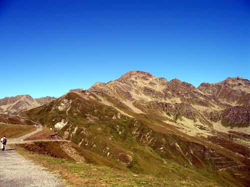 Foto: vince 51 / Wander Tour / Von Serfaus auf den Pezid / Furgler von der Lazid-Bergstation / 16.05.2008 22:59:42