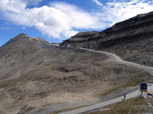 Foto: vince 51 / Wander Tour / Von Serfaus auf den Pezid / Skipiste vom Pezid zum Arrezjoch / 16.05.2008 22:52:51