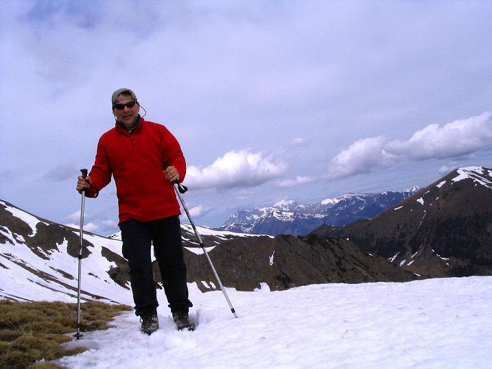 Foto: Andreas Koller / Wander Tour / Durch den Brandstätter Graben auf den Maierangerkogel (2356m) / Im Brandtsättertörl mit Gesäuse im Hintergrund / 20.05.2008 00:38:59