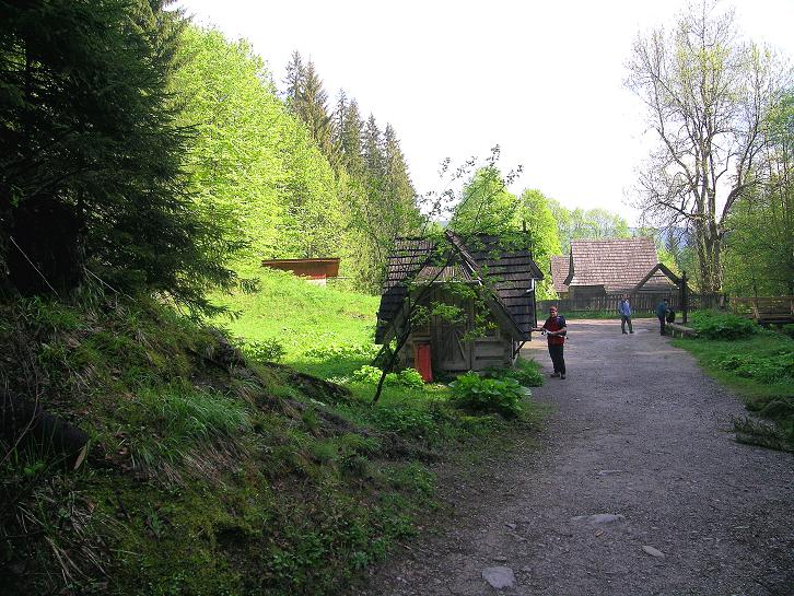 Foto: Andreas Koller / Wander Tour / Dolina Matej Laki und Malolaczniak (2096 m) / Am Eingang in den Nationalpark Tatra und ins Dolina Matej Laki / 29.05.2008 01:45:10