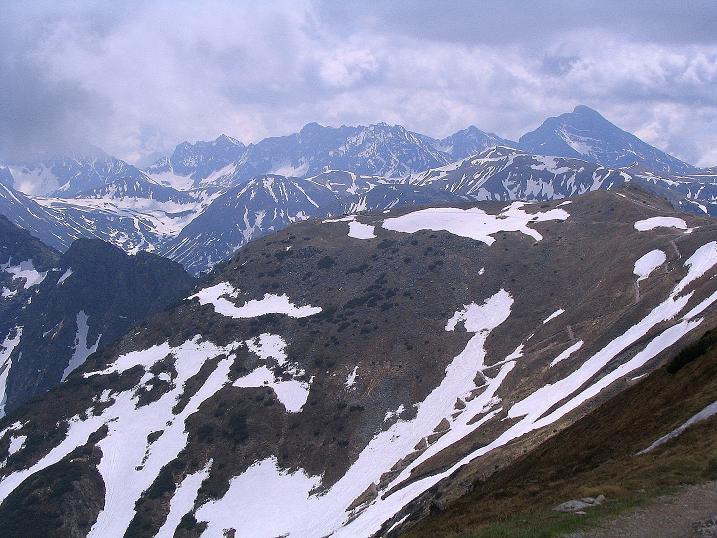 Foto: Andreas Koller / Wander Tour / Dolina Matej Laki und Malolaczniak (2096 m) / Blick nach O in die Hohe Tatra / 29.05.2008 01:38:12