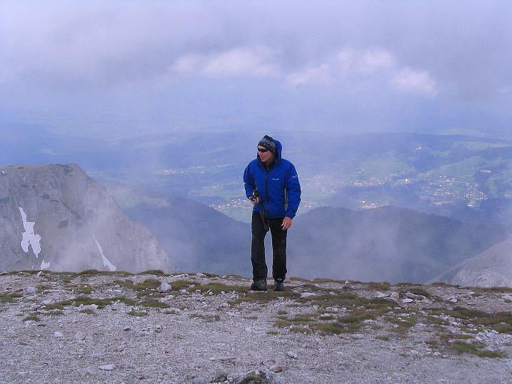 Foto: Andreas Koller / Wander Tour / Dolina Matej Laki und Malolaczniak (2096 m) / Am Gipfel der Kondracka Kopa mit Blick nach NW ins polnische Flachland / 29.05.2008 01:36:58