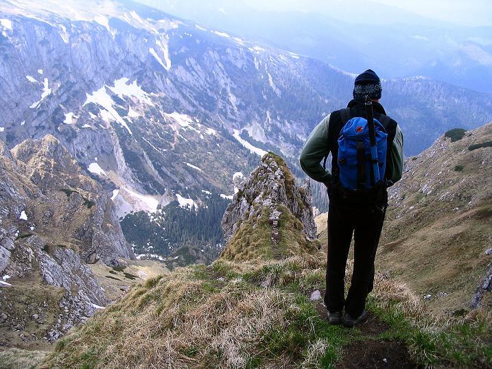 Foto: Andreas Koller / Wander Tour / Dolina Matej Laki und Malolaczniak (2096 m) / Tiefblick beim Abstieg / 29.05.2008 01:33:01