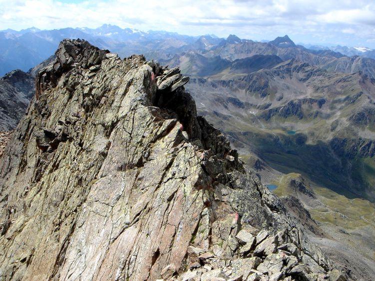 Foto: Manfred Karl / Wander Tour / Durch das Istalanztal auf den Hexenkopf / Am Beginn der leichten Kletterei - schaut schwieriger aus als es ist. / 29.05.2008 20:35:45