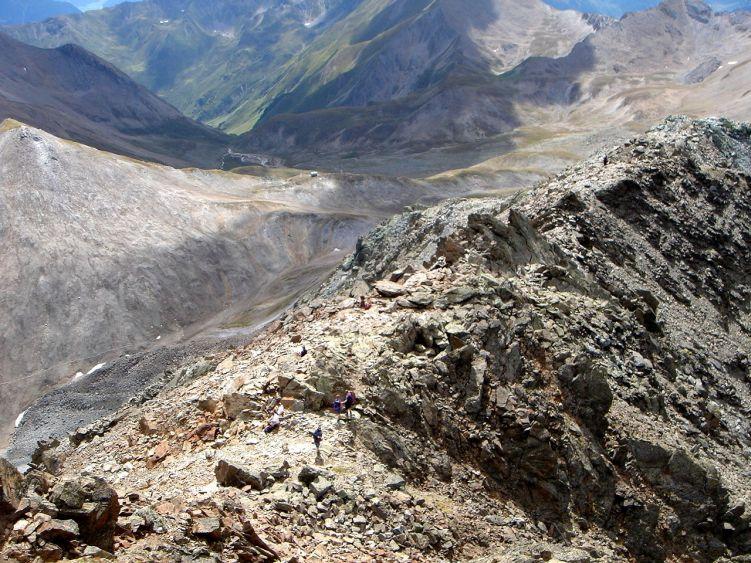 Foto: Manfred Karl / Wander Tour / Durch das Istalanztal auf den Hexenkopf / Vom Hexensattel kommt der Normalweg herauf. / 29.05.2008 20:40:17