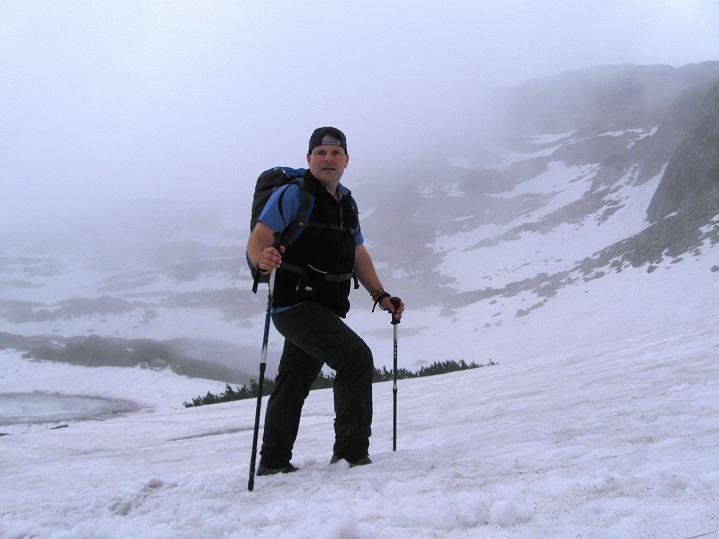 Foto: Andreas Koller / Wander Tour / Swinica (2301m) - Paradegipfel über Zakopane / Anstieg über Schnee ins Kar / 29.05.2008 23:01:02