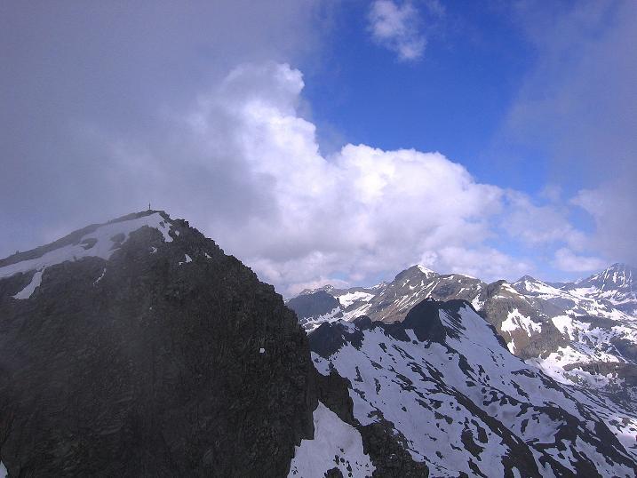 Foto: Andreas Koller / Wander Tour / Gmeineck - Trebesinger Hausberg (2592 m) / Gmeineck-Gipfel in der Reißeckgruppe / 02.06.2008 21:19:23