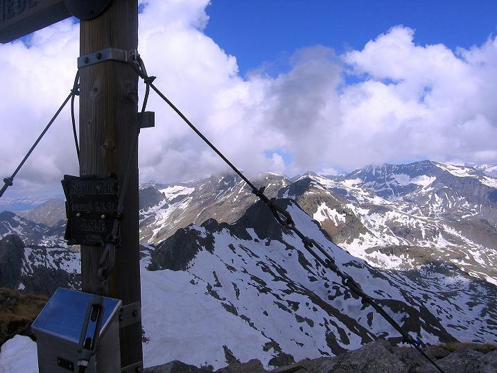Foto: Andreas Koller / Wander Tour / Gmeineck - Trebesinger Hausberg (2592 m) / In den Hohen Tauern am Gmeineck / 02.06.2008 21:16:12