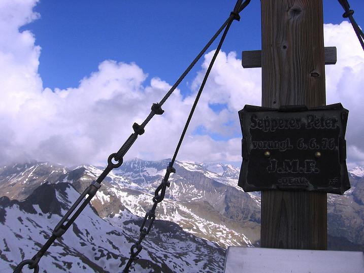 Foto: Andreas Koller / Wander Tour / Gmeineck - Trebesinger Hausberg (2592 m) / Am Gmeineck-Gipfel und Aussicht nach NW / 02.06.2008 21:14:38