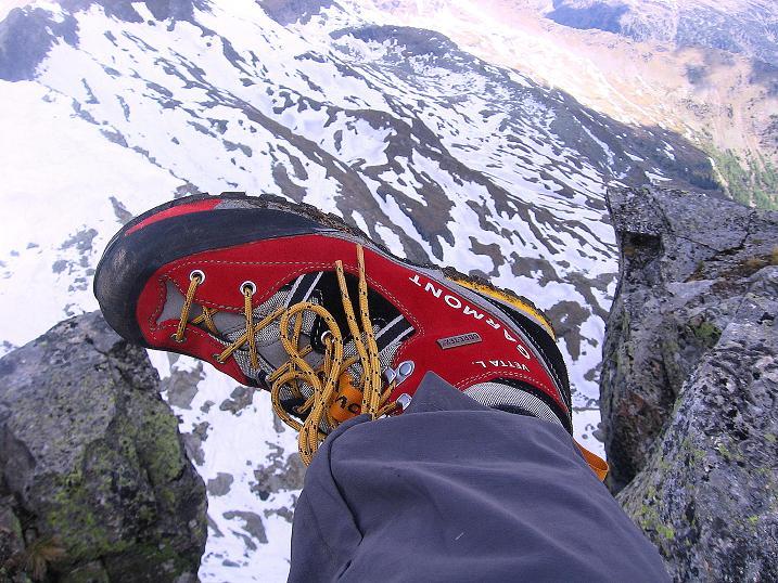 Foto: Andreas Koller / Wander Tour / Gmeineck - Trebesinger Hausberg (2592 m) / Schritt ins Nichts? / 02.06.2008 21:12:16
