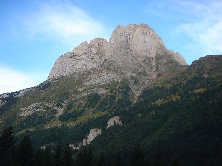 Foto: Manfred Karl / Wander Tour / Polinik über die Spielbodenalmen / Der Cellon - zwei lohnende Klettersteige und ein schöner Normalweg führen auf den Gipfel / 02.06.2008 22:55:21