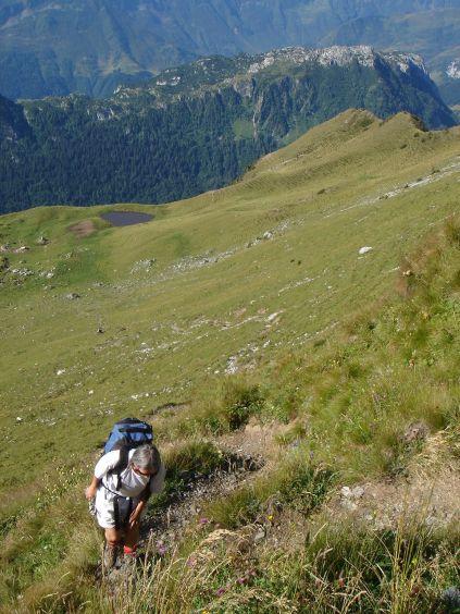 Foto: Manfred Karl / Wander Tour / Polinik über die Spielbodenalmen / Der steile Hang ins Spielbodentörl / 02.06.2008 22:52:50