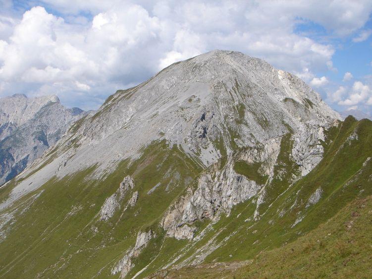 Foto: Manfred Karl / Wander Tour / Polinik über die Spielbodenalmen / Gipfelaufbau des Polinik / 02.06.2008 22:43:40