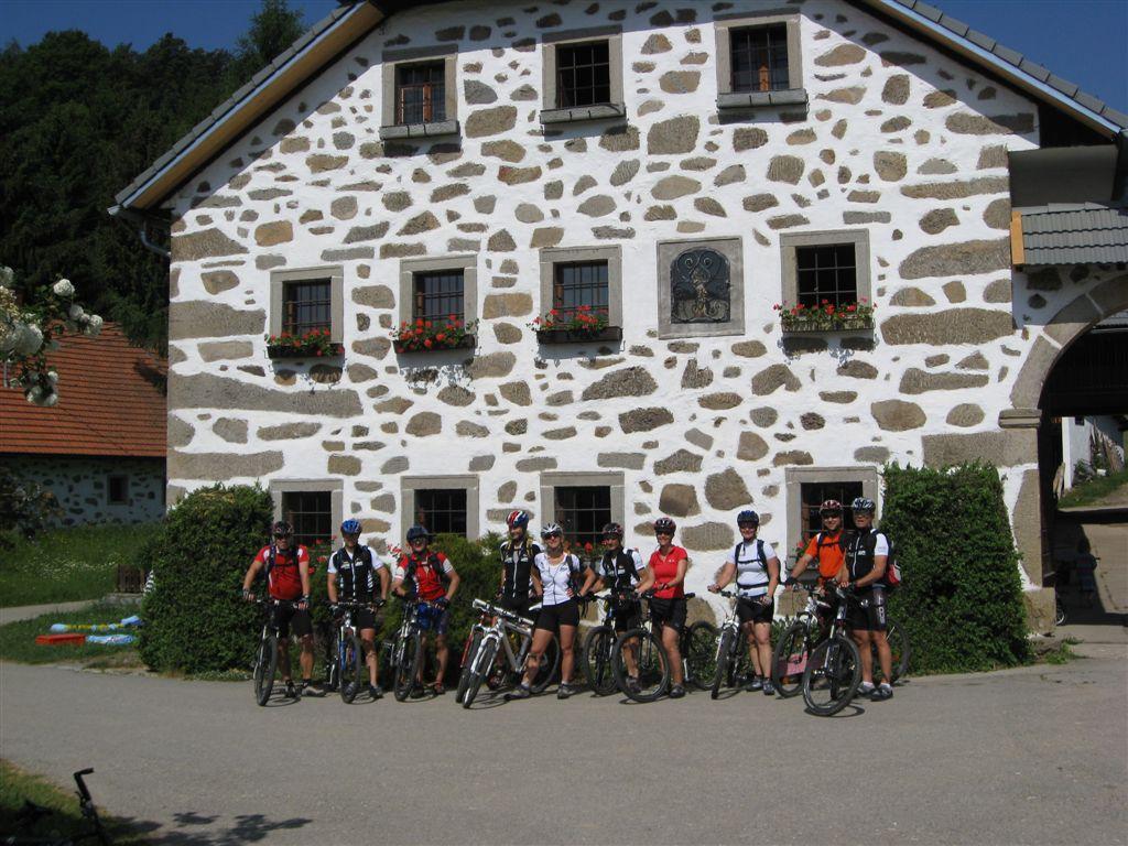 Foto: Jürgen Lindlbauer / Mountainbike Tour / Von Summerau nach Linz / Bauernhof bei Saisenbach / 02.06.2008 23:19:18