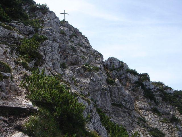 Foto: Manfred Karl / Wander Tour / Alpgartental Umrahmung / Die letzten felsigen Meter zum Gipfel / 05.06.2008 17:26:07