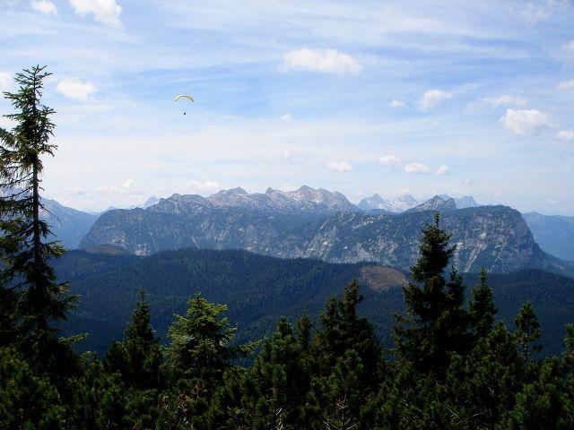 Foto: Manfred Karl / Wander Tour / Alpgartental Umrahmung / Auch so lässt sich´s genießen. / 05.06.2008 17:23:45
