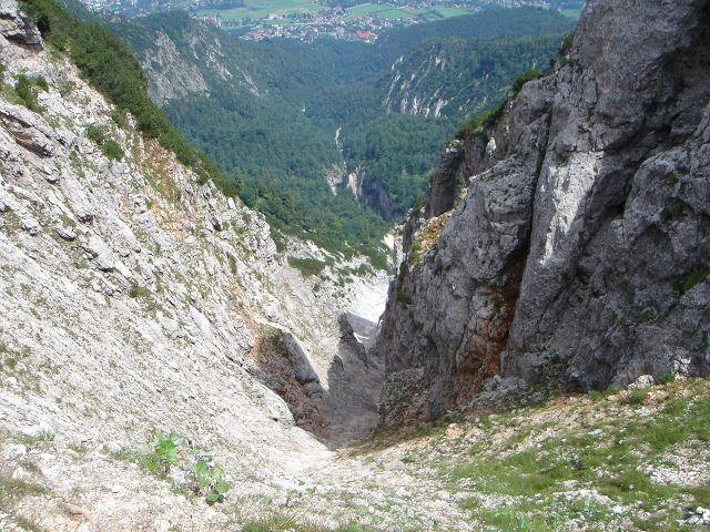 Foto: Manfred Karl / Wander Tour / Alpgartental Umrahmung / Alpgartenrinne - im Winter eine steile Schiabfahrt für Könner. / 05.06.2008 17:23:17