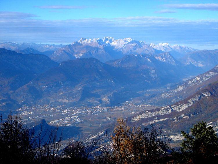 Foto: Manfred Karl / Wander Tour / Auf einen Aussichtsberg der Extraklasse – Monte Altissimo di Nago / Brenta / 05.06.2008 20:37:32