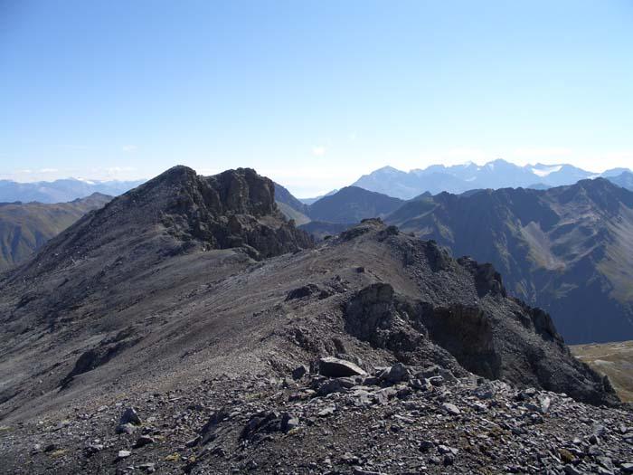 Foto: vince 51 / Wander Tour / Zwei Gipfel-Rundwanderung vom Umbrailpass / Piz Umbrail / 05.06.2008 22:02:41