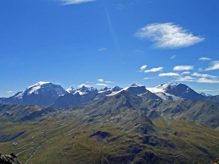 Foto: vince 51 / Wander Tour / Zwei Gipfel-Rundwanderung vom Umbrailpass / Ortlergruppe / 05.06.2008 22:01:43
