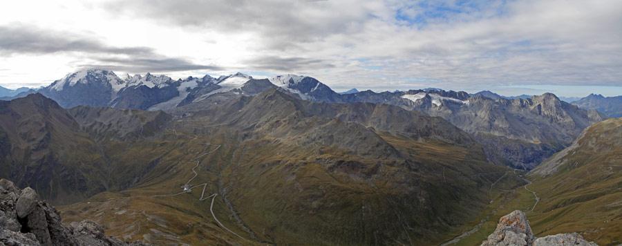 Foto: vince 51 / Wander Tour / Zwei Gipfel-Rundwanderung vom Umbrailpass / Ortler-Gruppe und Stilfser-Joch Strasse (Westrampe) / 05.06.2008 21:56:44