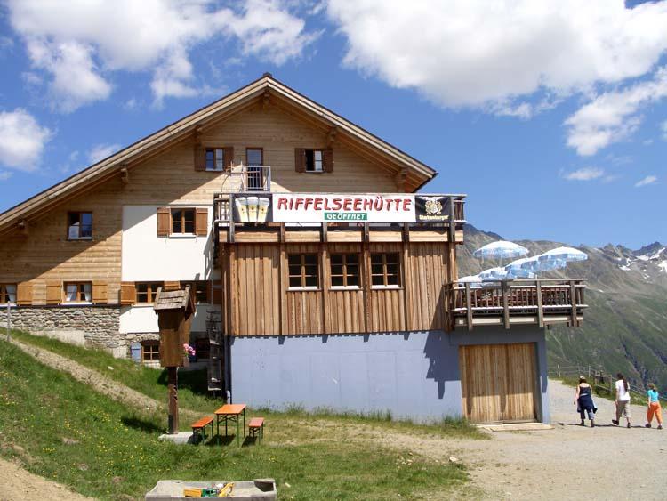 Foto: vince 51 / Wander Tour / Von Mandarfen auf den Grubengrat / Riffelseehütte / 06.06.2008 22:38:59