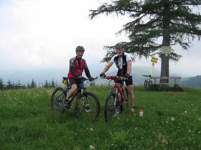 Foto: Jürgen Lindlbauer / Mountainbike Tour / Auf den Grillenparz und Pernecker Kogel  / Auf der Anhöhe Grillenparz / 08.06.2008 09:16:54