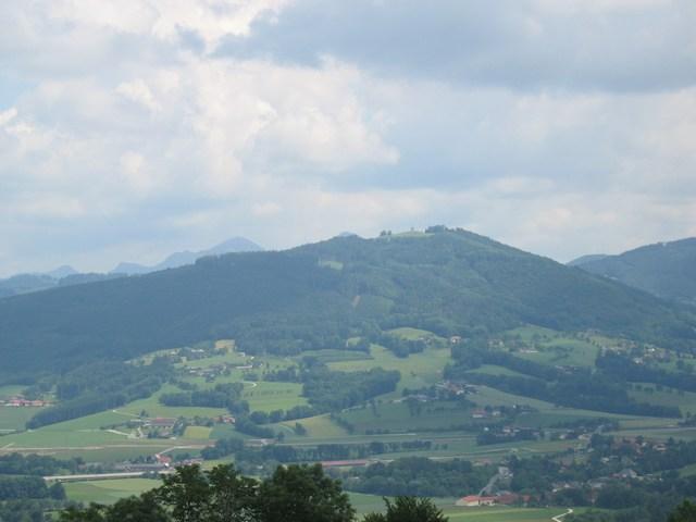 Foto: Jürgen Lindlbauer / Mountainbike Tour / Auf den Grillenparz und Pernecker Kogel  / Sicht von Kirchberg auf den Grillenparz / 08.06.2008 09:09:30