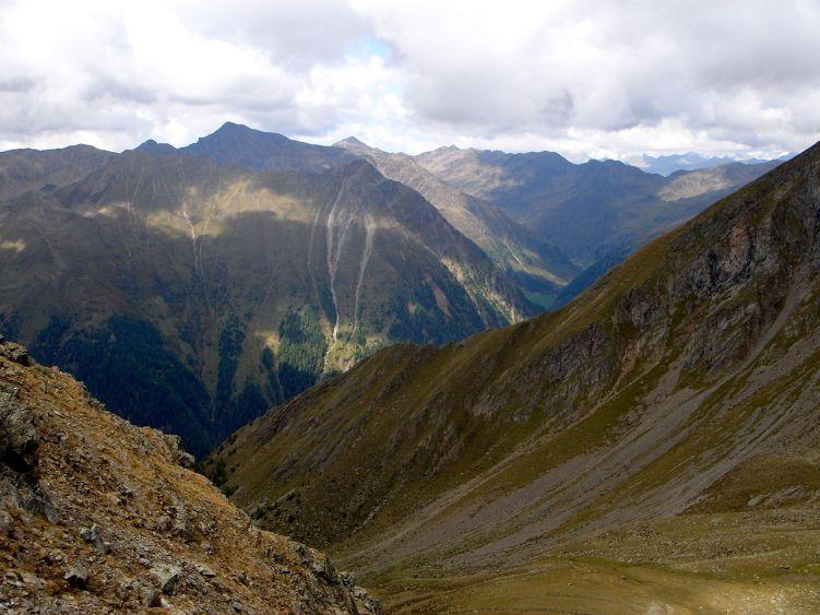 Foto: Manfred Karl / Wander Tour / Über die Straßalm auf den Gölbner / In der Querung zum flachen Absatz / 08.06.2008 19:23:28