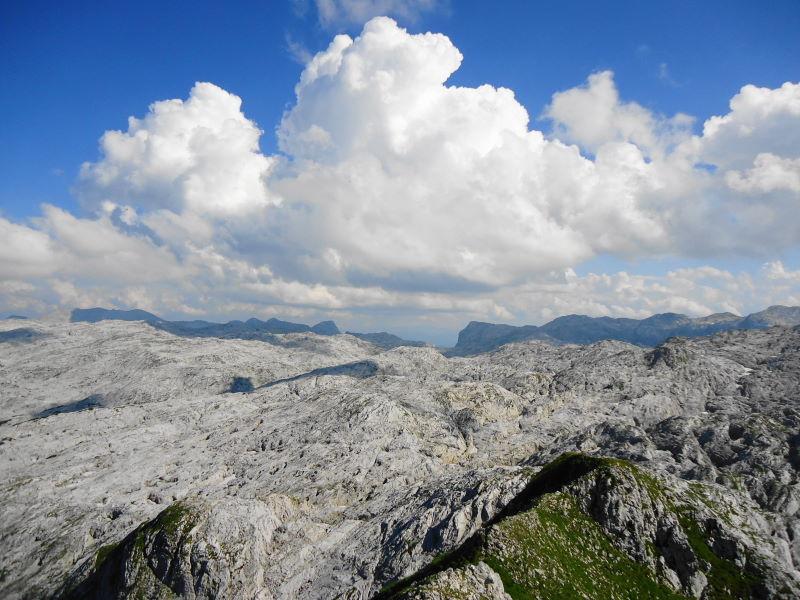Foto: Günter Siegl / Wander Tour / Knallstein über die Stefan Schatzl Hütte / Mittig die Wenger Scharte / 02.08.2015 20:06:31