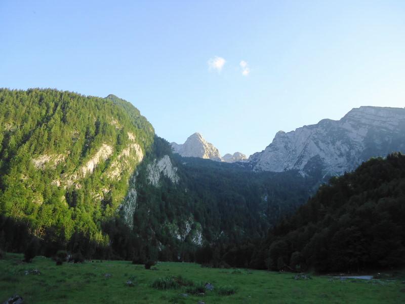Foto: Günter Siegl / Wander Tour / Knallstein über die Stefan Schatzl Hütte / Knallstein von der Schönalm aus gesehen / 02.08.2015 20:10:42