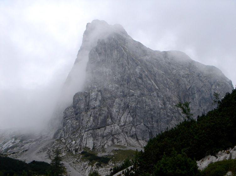 Foto: Manfred Karl / Wander Tour / Knallstein über die Stefan Schatzl Hütte / Langsam reißt es wieder auf / 08.06.2008 19:46:03