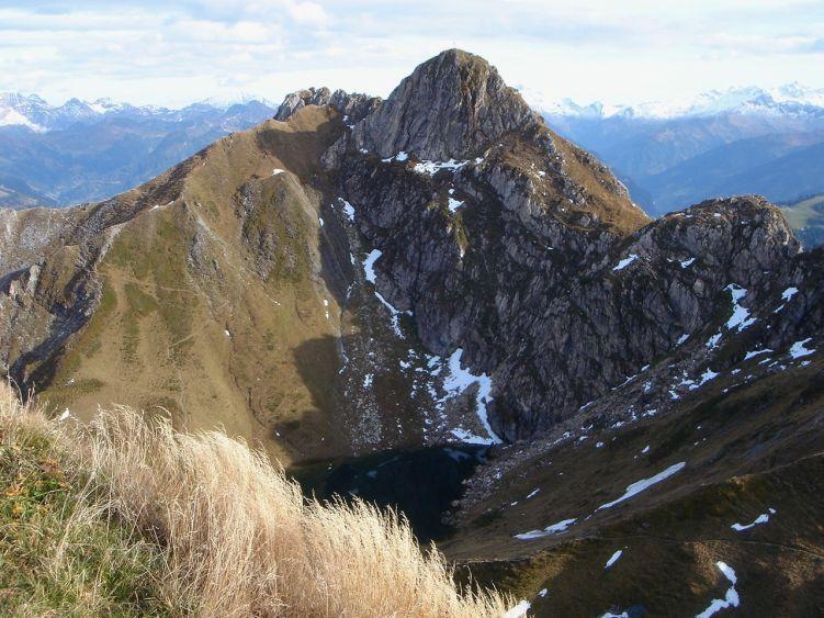 Foto: Manfred Karl / Wander Tour / Auf dem Hias Wallner Steig zum Haßeck / Ein schöner Gipfel: Der Schuhflicker vom Hochegg aus gesehen / 14.06.2008 16:34:24