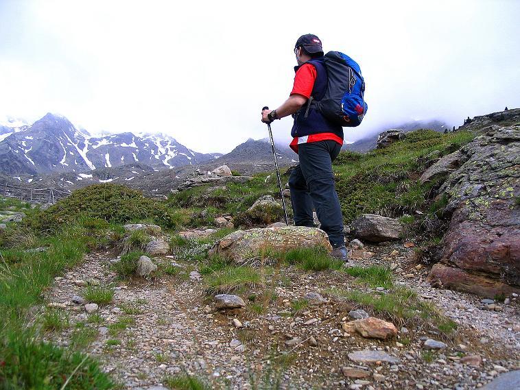 Foto: Andreas Koller / Wander Tour / Über die Pilsbergalm auf den Soyspitz (3030 m) / Anstieg im Banne des Zufrittkammes / 17.06.2008 17:26:24