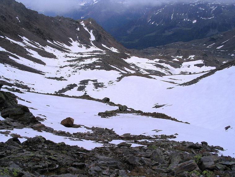 Foto: Andreas Koller / Wander Tour / Über die Pilsbergalm auf den Soyspitz (3030 m) / Blick vom Steilanstieg zur Soyscharte in den Kessel / 17.06.2008 17:24:01