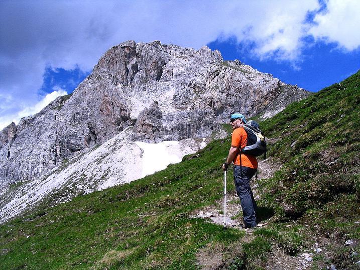Foto: Andreas Koller / Wander Tour / Tappenkarseehütte - Weißgrubenkopf - Franz Fischerhütte (2369m) / Annäherung an den Weißgrubenkopf / 24.06.2008 16:27:36