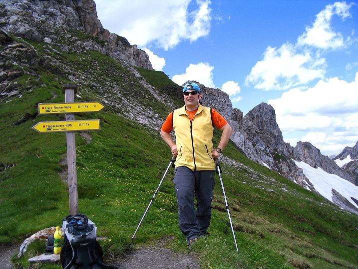 Foto: Andreas Koller / Wander Tour / Tappenkarseehütte - Weißgrubenkopf - Franz Fischerhütte (2369m) / In der Weißgrubenscharte, von wo man zur Franz Fischer Hütte traversiert / 24.06.2008 16:23:48