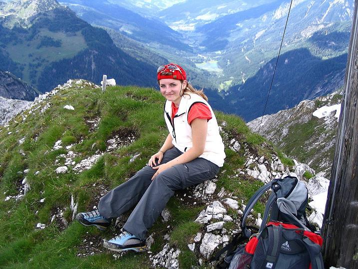 Foto: Andreas Koller / Wander Tour / Tappenkarseehütte - Weißgrubenkopf - Franz Fischerhütte (2369m) / Tiefblick ins Kleinarltal und zum Jägersee / 24.06.2008 16:22:11