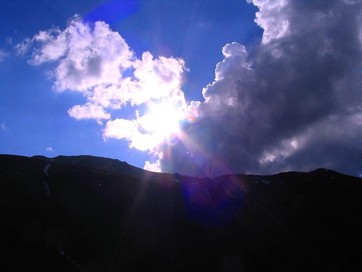 Foto: Andreas Koller / Wander Tour / Tappenkarseehütte - Weißgrubenkopf - Franz Fischerhütte (2369m) / Licht und Schatten über dem Tappenkar / 24.06.2008 16:15:54