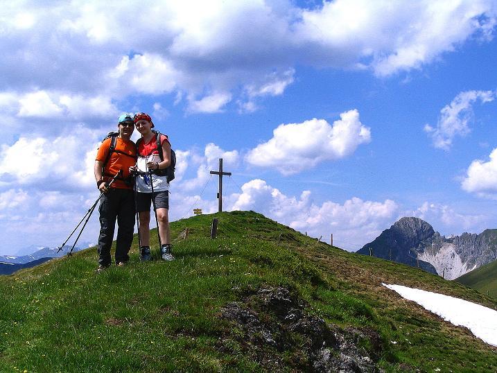 Foto: Andreas Koller / Wander Tour / Glingspitze und Rifflgrat (2433 m) / Knapp vor dem Kreuzeck-Gipfel mit Draugstein im Hintergrund (2356 m) / 24.06.2008 17:58:34