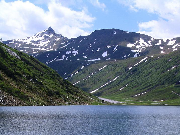Foto: Andreas Koller / Wander Tour / Glingspitze und Rifflgrat (2433 m) / Vom Tappenkarsee zeigt sich die Glingspitze mitsamt dem Rifflgrat / 24.06.2008 18:16:23