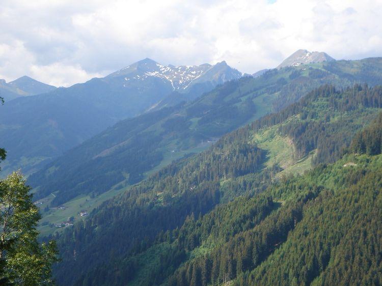 Foto: Manfred Karl / Mountainbike Tour / Aus dem Großarltal auf die Viehhausalm / Blickrichtung Frauenkogel - Laderdinger Gamskarspitze / 26.06.2008 18:11:16