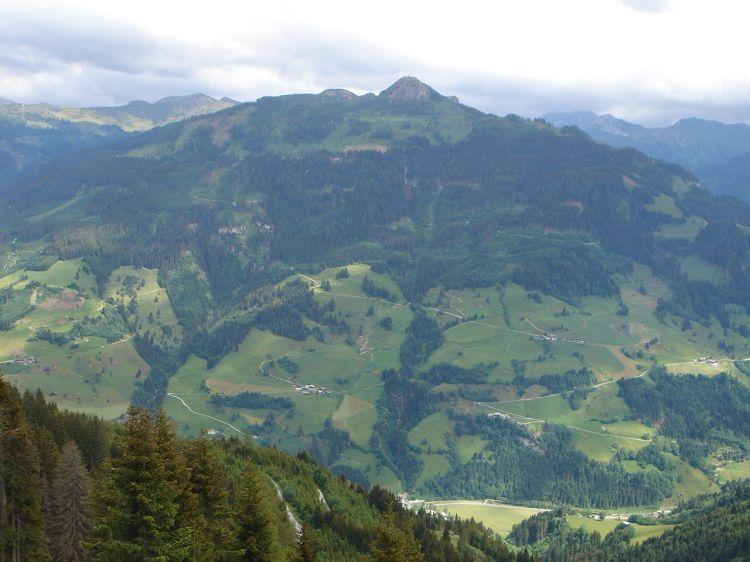 Foto: Manfred Karl / Mountainbike Tour / Aus dem Großarltal auf die Viehhausalm / Ausblick zum Saukarkopf / 26.06.2008 18:06:05