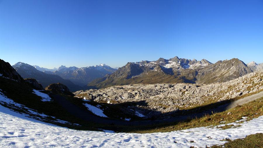 Foto: vince 51 / Wander Tour / Von Lech auf die drei Wösterspitzen / Panorama-Blick zur Verwall-Gruppe / 01.08.2008 22:45:48