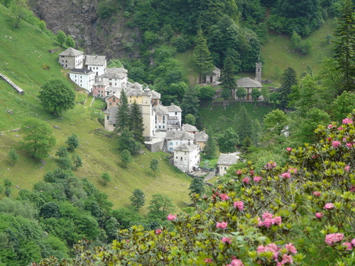 Foto: Karl Mätzler / Wander Tour / Grande Traversata delle Alpi (GTA), Etappe 3, Campello Monti - Rimella / Campello Monti / 13.07.2008 22:57:10