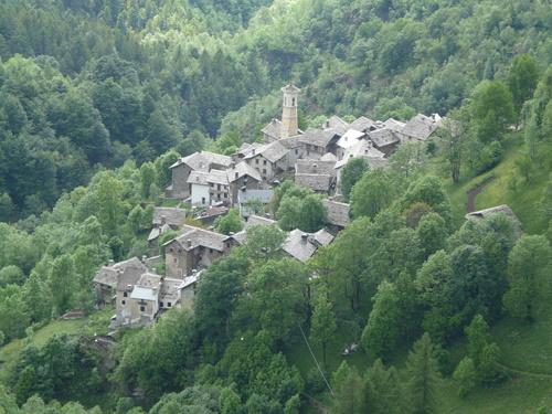 Foto: Karl Mätzler / Wander Tour / Grande Traversata delle Alpi (GTA), Etappe 3, Campello Monti - Rimella / San Gottardo (Rimella) / 13.07.2008 22:58:30