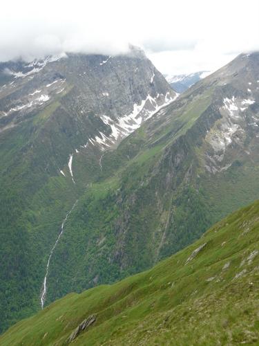Foto: Karl Mätzler / Wander Tour / Grande Traversata delle Alpi (GTA), Etappe 6, Carcoforo - Rima / Blick vom Colle del Termo zum Colle Mud / 15.07.2008 23:49:15